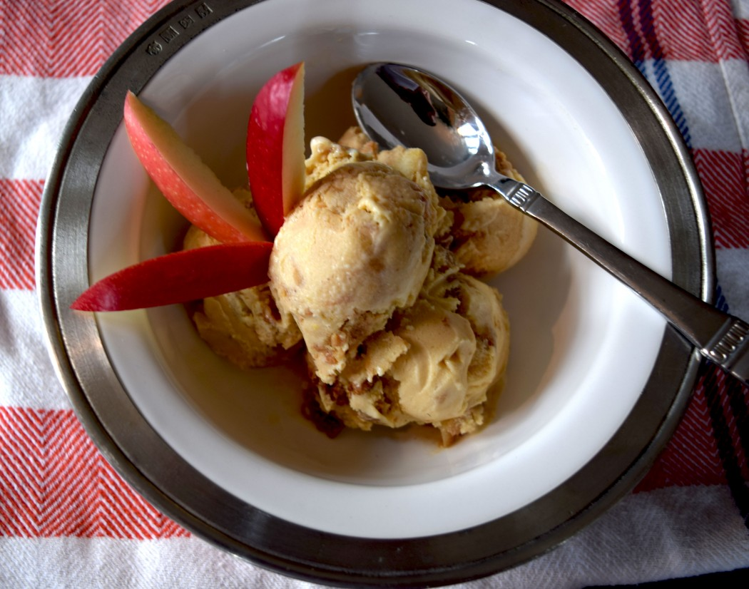 Caramel Apple Crumble Ice Cream Fete-a-Tete 1