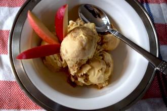 Caramel Apple Crumble Ice Cream Fete-a-Tete 1