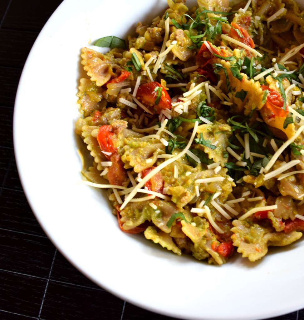 Corn and Basil Pesto Pasta with Sweet and Spicy Italian Sausage Fete-a-Tete