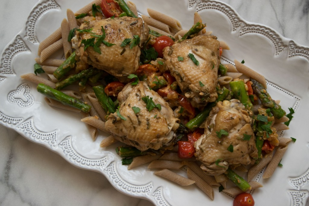 Rosemary Balsamic Roasted Chicken with Summertime Pasta Primavera Fete-a-Tete