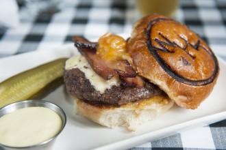 Recipe Spotlight: The Smash Burger from Wild Horse Tavern Fete-a-Tete 3