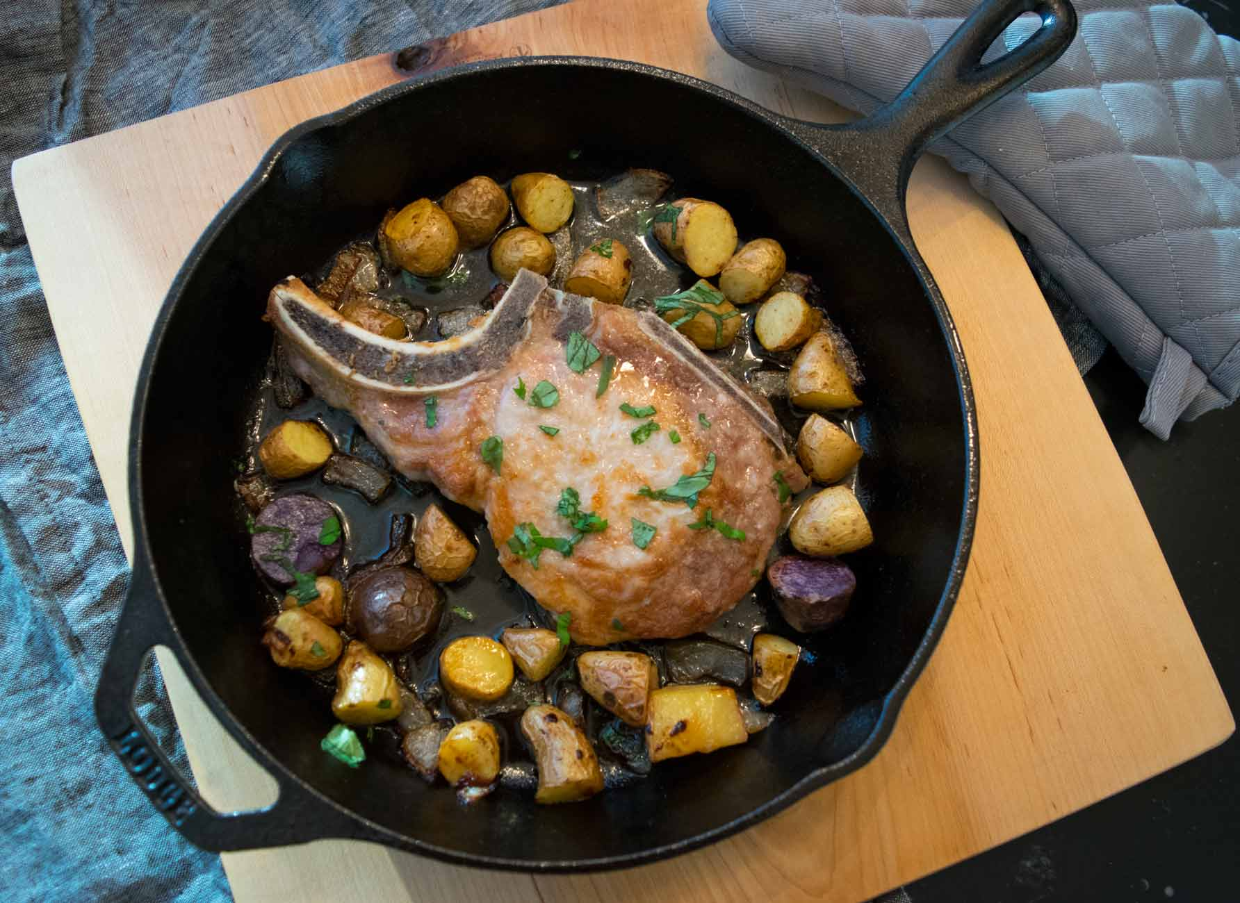 Cast Iron Skillet Pork Chops With Roasted Potatoes